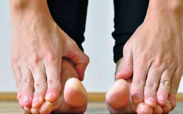 flat feet and back pain - edupain.com