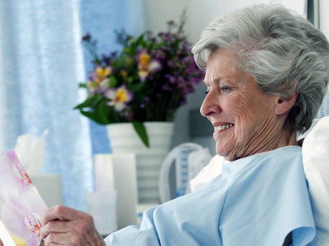 hernia surgery in elderly patients