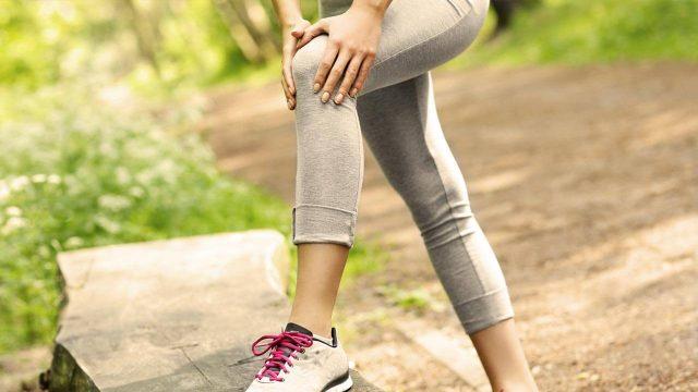 swollen knee pain